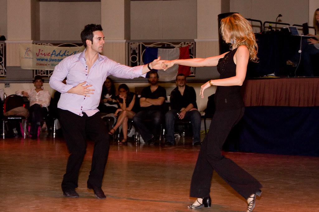 Taniec latynoamerykański